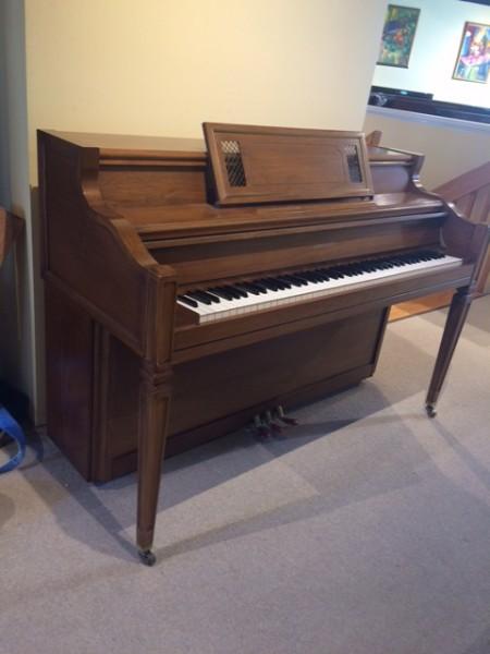 Janssen Console Piano in Massachusetts
