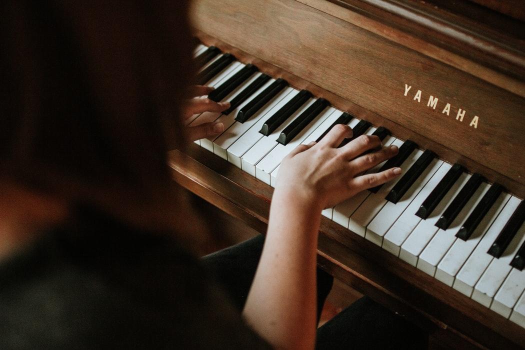 Rent Pianos in Massachusetts